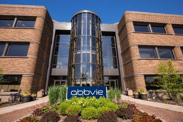 AbbVie announces positive topline results from phase 3 trial of VENCLEXTA, Azacitidine combo in AML