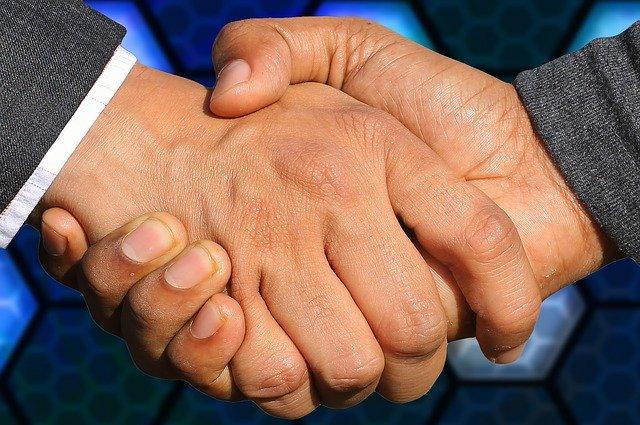 handshake-3655926_640 (3)